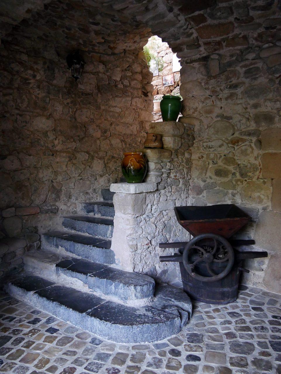 anduze escaliers gard - juliesliberties