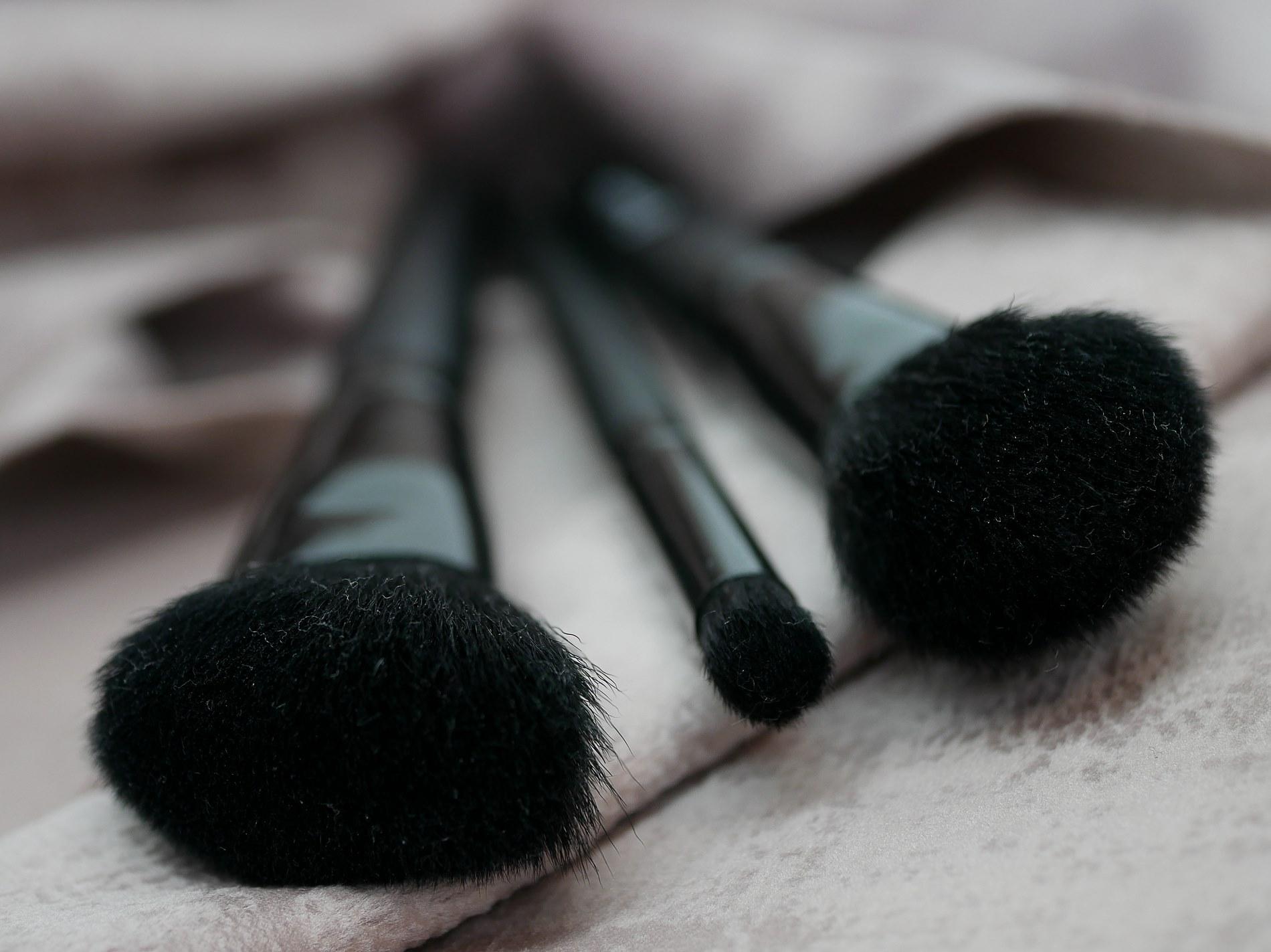 pinceaux make-up - juliesliberties